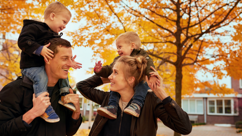 20 safe ways to enjoy fall as a family
