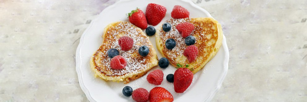 plate of pancakes with fruit