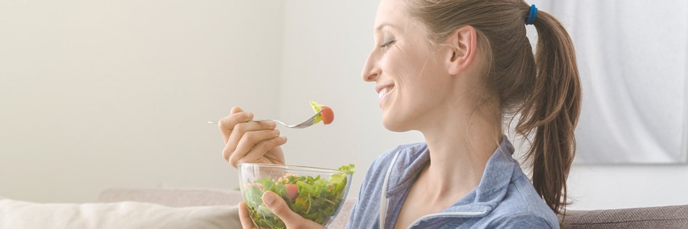 woman eating mindfully-make your own is being mindful