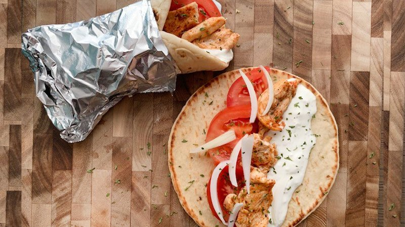 chicken gyro with tzatziki sauce recipe